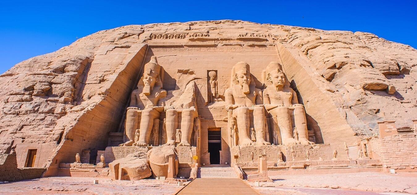 Dvoudenní Výlet Asuán Abu Simbel Kom Ombo A Edfu Z Marsa Alam